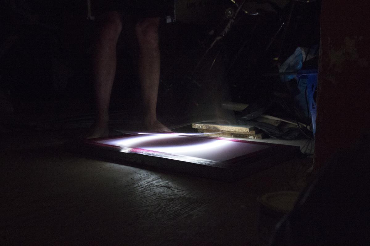 img-testing-lightsaber-2-01-1200