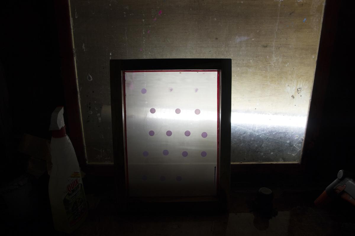 img-testing-lightsaber-2-02-1200